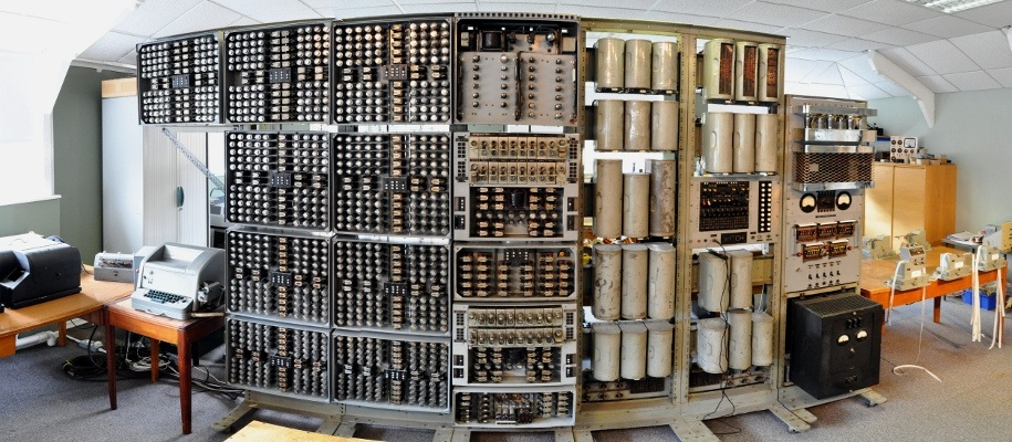 world�s oldest digital computer is being rebooted its
