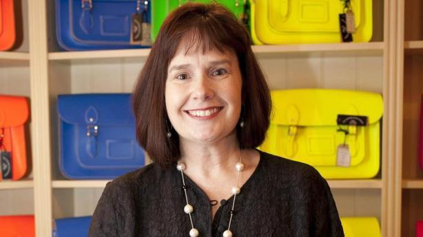 julie-deane-cambridge-satchel-image1